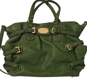 MICHAEL Michael Kors Tote in Kelly Green With Gold Hardware