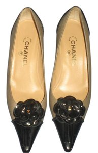 Chanel gray/black Pumps