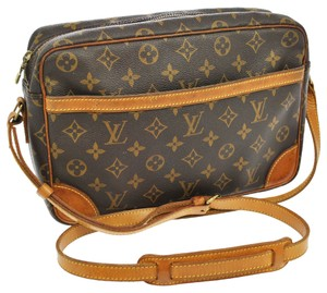 Louis Vuitton Trocadero 30 Monogram Canvas Leather Cross Body Bag