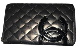 Chanel Beautiful large Chanel zip wallet