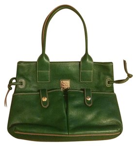 Dooney & Bourke Tote in Grass Green