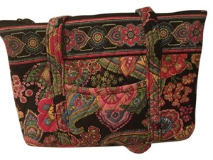 Vera Bradley Tote in Multi color floral print