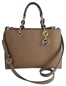 Michael Kors Cynthia Leather Crossbody Tote in Dark Dune