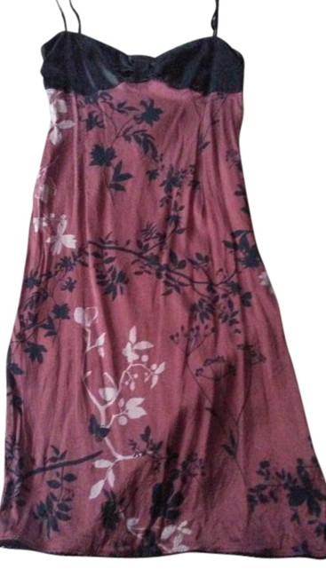 Item - Burgundy Black Made In Italy Knee Length Night Out Dress Size 6 (S)