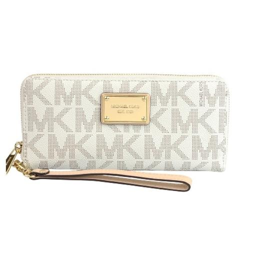 dfed1d2019928f Michael Kors NWT Jet Set Item Travel Continental Wallet Clutch Wristlet  Vanilla Image 0 ...