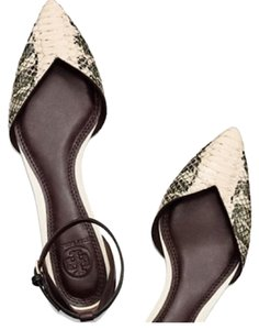 Tory Burch Brown/ black Flats
