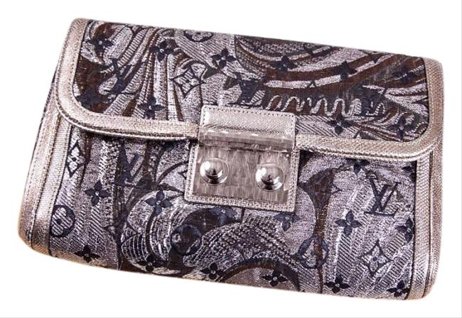 Item - Limited Edition Silver Clutch