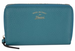 Gucci Gucci Women's 354497 Teal Leather Trademark Logo Zip Around Wallet