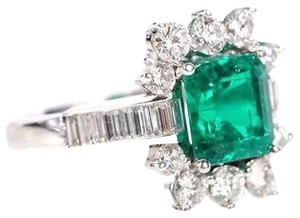 Natural Beryl Emerald 18K White Gold Diamond Cocktail Ring