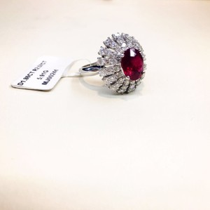 Burmese Ruby 18K White Gold Diamonds Cocktail Ring