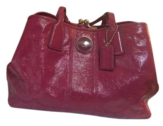 Preload https://item1.tradesy.com/images/coach-signature-stitch-frame-carryall-f15658-berry-patent-leather-tote-1955980-0-1.jpg?width=440&height=440