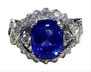 Natural Corundum Sapphire 18K White Gold Diamond Ring