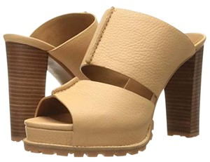 ce13db0a7fba8 Beige See by Chloé Sandals Up to 90% off at Tradesy