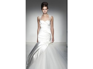 KENNETH POOL Gina Wedding Dress