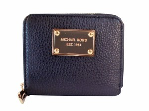 Michael Kors Bifold Zip Around Wallet Coin Purse NWT Black Pebbled Leather