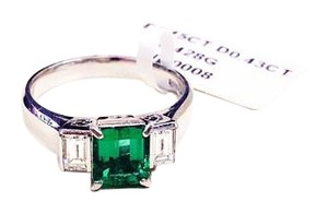 Other Natural Beryl Emerald 18K White Gold Diamond Cocktail Ring