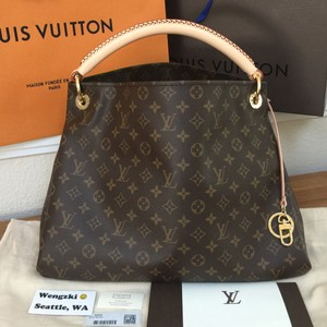 Louis Vuitton Satchel in Brand new 2016 Artsy MM. Includes Box, Dustbag, Tags, and Receipt! Nwt