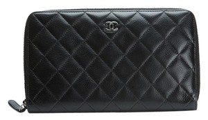 Chanel Chanel Quilted Caviar Zippy Clutch/ Wallet