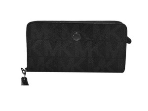 Michael Kors MICHAEL KORS JET SET SLIM TECH WRISTLET WALLET CLUTCH BAG BLACK SIG