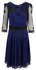 Karen Millen Embroidery Lace Dress