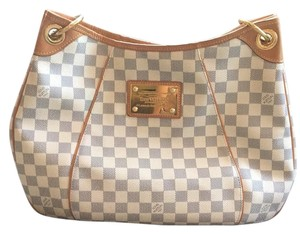 Louis Vuitton Leather Gold Hardware Hobo Bag