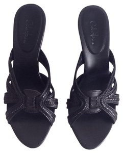 Cole Haan Black. Sandals