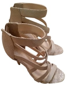 Enzo Angiolini Ankle Strap Strappy Snakeskin Leather Winter White Sandals