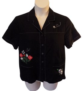Alfred Dunner Casual Short Sleeve Floral Button Front Rayon Button Down Shirt Black