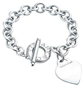 Tiffany & Co. Gorgeous Heart Toggle Sterling Silver Tiffany & Co. Bracelet.