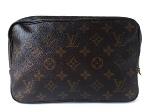 Louis Vuitton Louis vuitton trousse toillette 23 monogram Pouch cosmetic bag