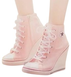 Maxstar Pink and white Wedges