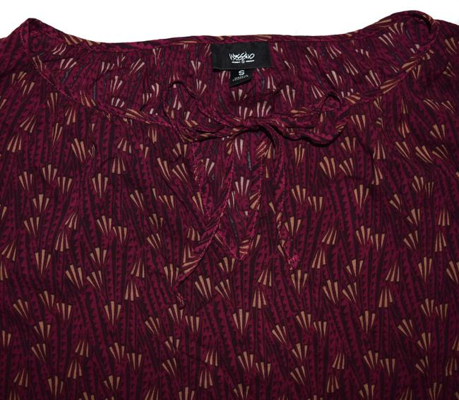 Mossimo Supply Co. Shirt Belted Tie Maroon Merlot Patterned Top