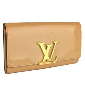 Louis Vuitton Auth. Portefeiulle Louise Beige Patent Leather Bifold Wallet