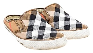 Burberry Tan Black Red White Multi-Color Flats
