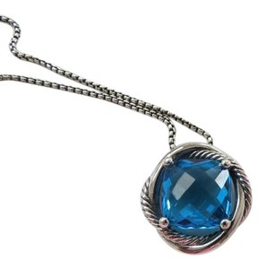David Yurman Infinity Hampton Blue Topaz Pendant with 18