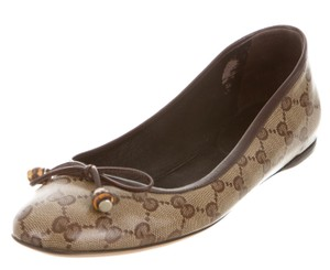 Gucci Monogram Round Toe Beige, Brown Flats