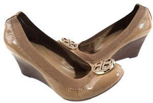 Tory Burch Round Toe Stacked Patent Leather Elastic Sand Wedges