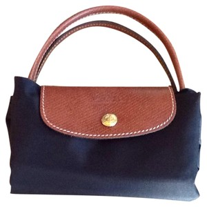 Longchamp on Sale - Up to 80% off at Tradesy d420aaee26