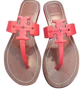 Tory Burch Flip Poppy Poppy Coral/819 Sandals