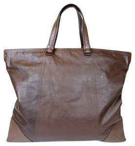 Bottega Veneta 309788; Tote in Brown