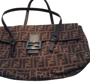 Fendi Tote in Black And Brown