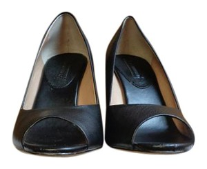 Banana Republic Leah Black Wedges