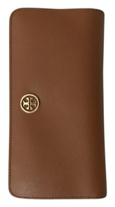 Tory Burch Wristlet in Tan