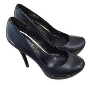 Jessica Simpson Black Pumps