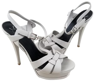 Saint Laurent Adjustable Strap Buckle Closure Platform Sandal Patent Leather Interlocking Straps Grey Pumps