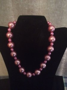 Over sized pink pearl necklace