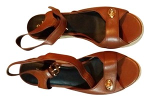 Coach Saddle Wedges