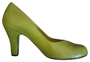 Re-mix Vintage Pin-up Rockabilly Lime Green Pumps
