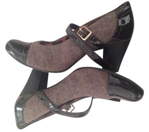 Clarks Strappy Comfortable Wool Brown Formal