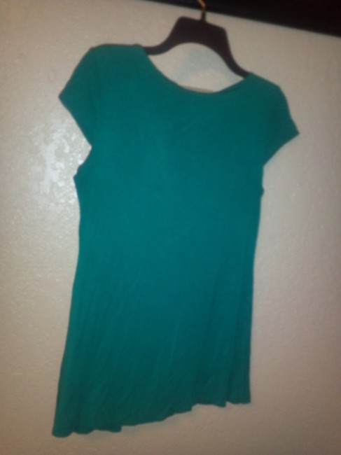unknown Top green